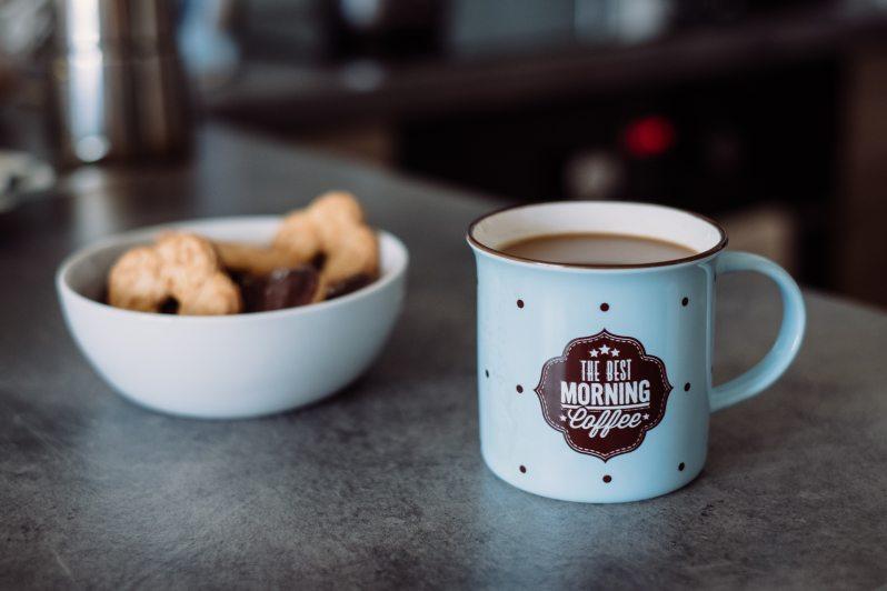 beverage-breakfast-caffeine-1362309.jpg